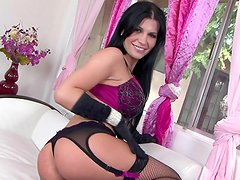 Outstanding pornstar Rebecca Linares shows her perfect body