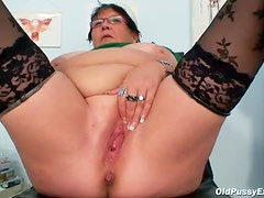 Speculum takes you inside fat mature cunt
