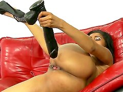 Horny babe with tight pussy Yasmine De Leon enjoys masturbating with a huge dildo