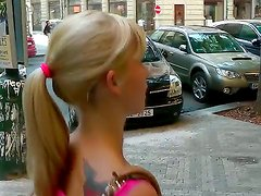 Blonde teen Bell Baby enjoys getting horny while being seduced by hunk on the street