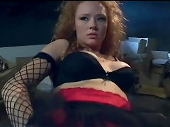 Redhead in seamed stockings and gloves gets dped