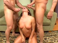 Hottie indulges in a sexy double penetration
