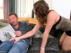 Rough Sex For Mona Lee End In A Creampie