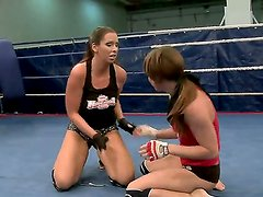 Nude fight club presents Eliska Cross
