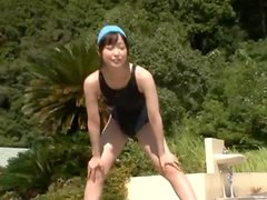 Cute Japanese Amateur Fucked Outdoors on the Stairway