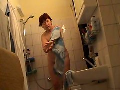 Czech redhead milf Jindriska fully nude in bathroom