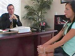 Stephanie Cane is making blowjob to bodybuilder