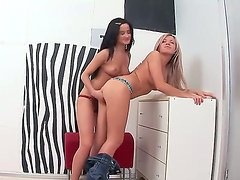 Naughty girls Cristal and Varvara stimusexy each others pussies for a great orgasm