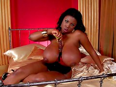 Outstanding ebony and her perfect body