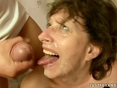 Judyt sucks five dicks and gets her face covered with cum