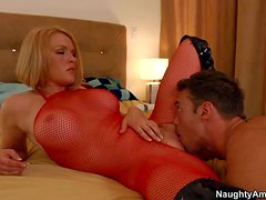 Turned on experienced blonde milf Krissy Lynn with firm balloons