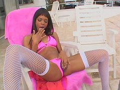 Black slut with beautiful face Marie gets her clit polished