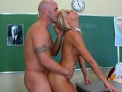 Perverted blonde Jessica Lynn is banging with her teacher