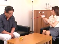 Great Footbjo and Blowjob by Japanese Chick Ends with Mouthful