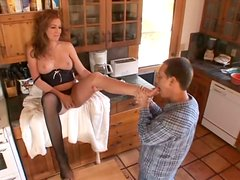 Moaning hot chick Morgan Reigns gets cunnilingus in the kitchen