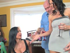 PArty in the hotel room with wicked chick Victoria White