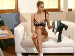 Marvelous newbie Katy Jay passes her first casting showing off her gorgeous body