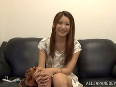 Beautiful Amateur Japanese Teen Gets a Sticky Facial in Blowjob Vid
