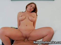 Lexxxi Lockhart is a brown haired curvy wife that is
