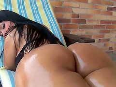 Check out with juicy Latina chick Paola and enjoy her incredible big butt