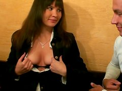 Regulat girl shows her tits in a cafe