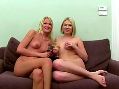 Real sex audition with blonds in threesome