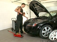 Passionate Christina Bella gets fucked by aт auto mechanic