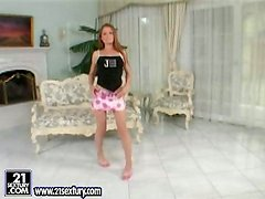 Kyra Tylear the pretty teen toys her pussy like a mad