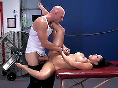 Busty Diamond Kitty gets massaged by muscled Johnny Sins and gets his cock up her juicy ass