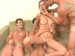 Fuckable bitch Manuela Febroni and three shlongs in her holes
