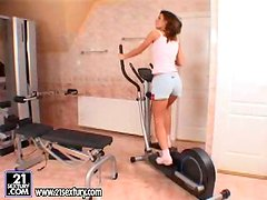 Amazing Betty Saint toys her hot ass after training session